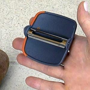 CocoKool Palmheld Peeler - Palm View